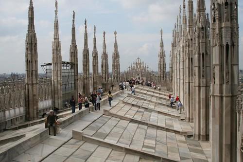 Walking on the roof, Milan's Duomo