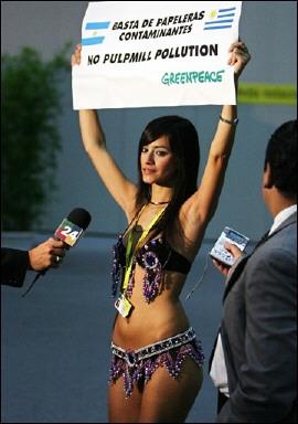 reina de gualeguaychu protesta en viena