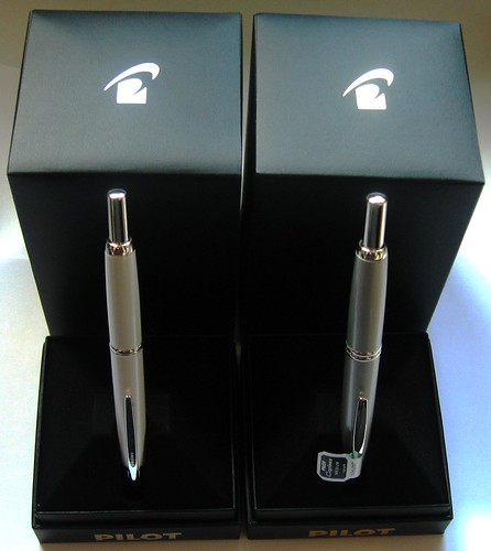 06- Pilot Capless and Decimo - Boxes Open