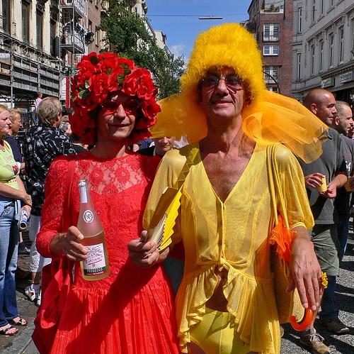 CSD 2006: Paar, gelb-rot, schrill in Hamburg Sankt Georg