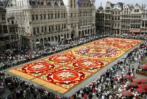 tapis de fleurs moinillon au quotidien