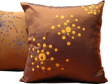 silk_beaded_pillow