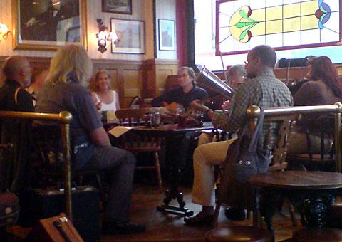 Engelsk och irländsk musik på Bishop Arms