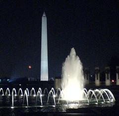 WW2_Washington_Monument.JPG