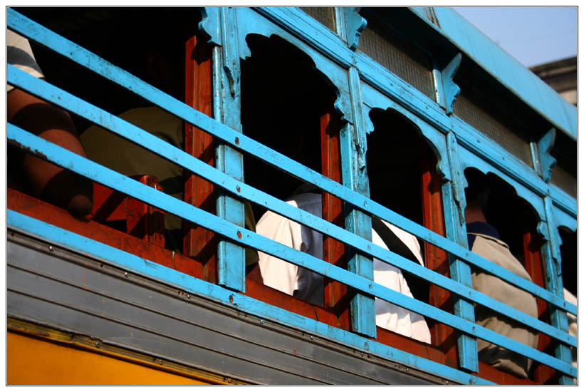Kolkata : Bus Windows