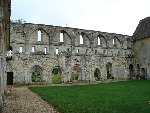 Abbaye de Mortemer BY 010