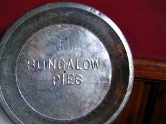 Bungalow pies pan