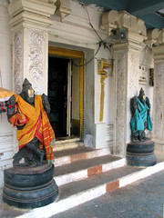 Chikka Tirupathi - Dwarapalakas