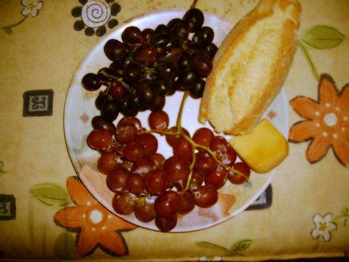Grapes, Gouda & Birote...