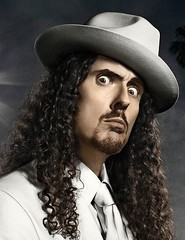 publicity photo of Weird Al Yankovic