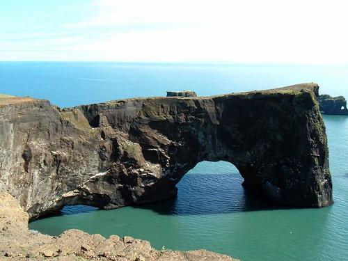Dyrhólaey rock arch