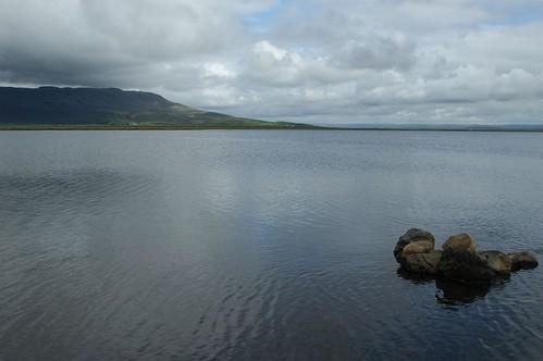 Lake_@_Laugarvatn,_Iceland.jpg