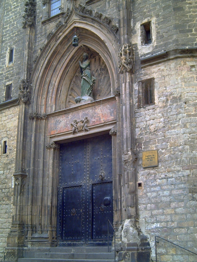 Santa Maria del Mar Church: Door Detail