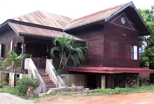 nan house.jpg