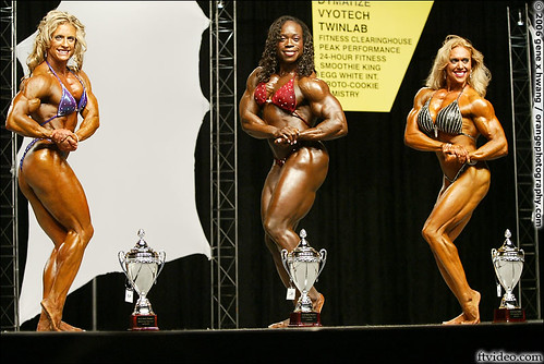 Heather Foster Wins 2006 Europa Pro Show