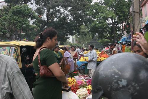 IMG_0184 haggling, jayanagar 9th block