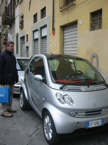 GQ with a Smart Car, Florence)