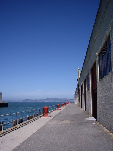 fort mason - walking to where we ate lunch