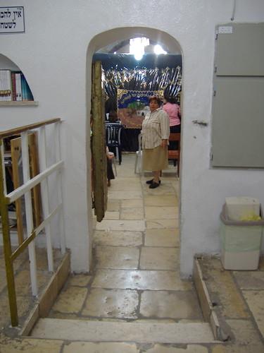 Soferet in Rachel's Tomb