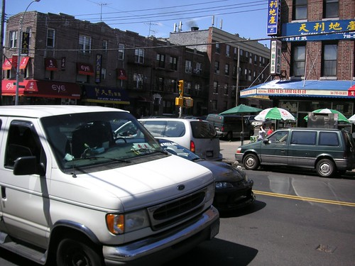 chinatown bus van brooklyn