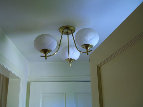 Atomic ranch light fixture