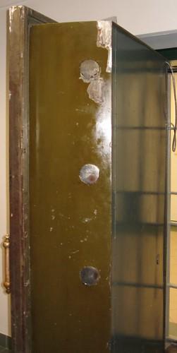 Drzwi skarbca (II)
