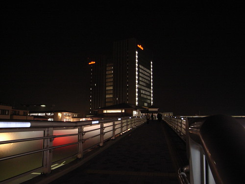 Footbridge, night