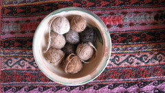 Natural alpalca and wool balls (Kamaq Maki - Chinchero)
