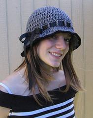 ruffle brim ribbon hat