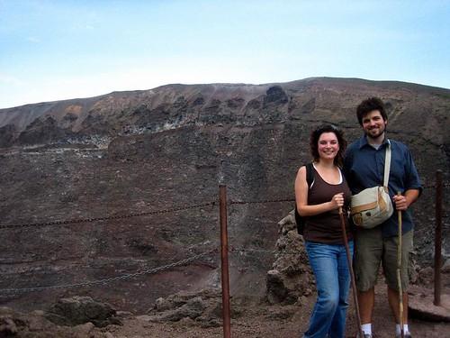 Husbear and Girlie atop Vesuvio