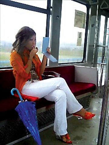 Девушка и трамвай фото фото 18-935
