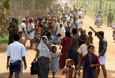 La población de Sri Lanka ya está acostumbrada a abandonar sus hogares... la guerra y los desastres naturales no les dan tregua