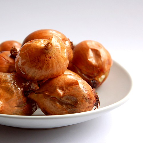 roasted brown onions© by haalo