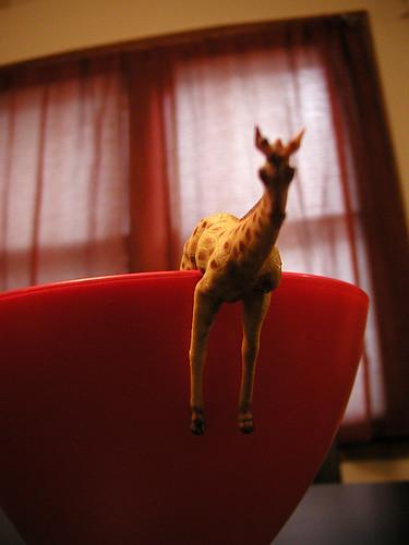 plastic giraffe 2/2