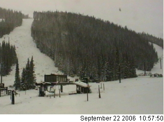 Snapshot from the Loveland Basin Cam