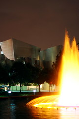 disney hall and dwp fountain