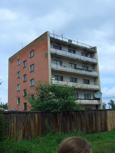 Мрачная пятиэтажка \ 5-storey building