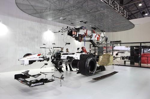 Suspended_Honda-F1_06