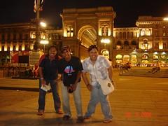 Piazza del Duomo di Waktu Malam, Milan, Italy