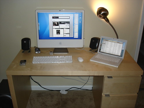 I picked up a 24 inch imac - Computer desk for imac inch ...
