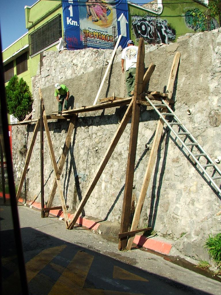 De segundos pisos en Temixco, Morelos.