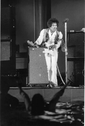 hendrix live at lawn aqua