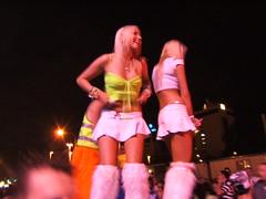 metro-fluffy-girls