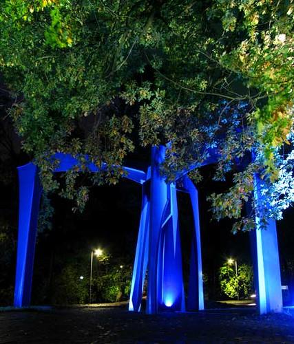 Valo on Jyväskylässä: Yliopiston portit
