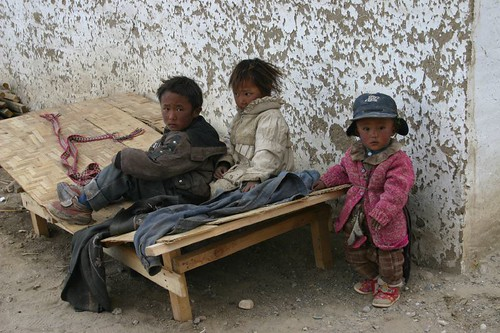 Tibetan kids. Moincer