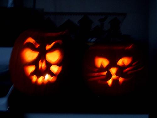 pumpkins-lit.jpg