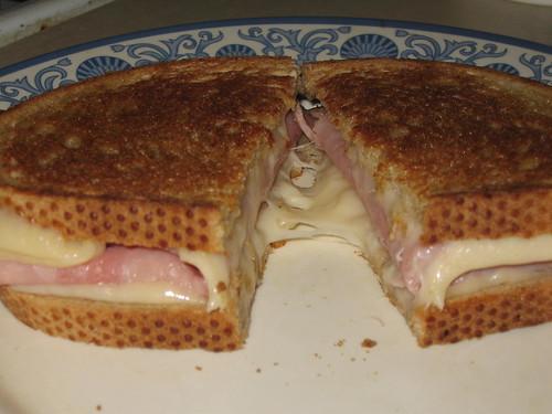 The best-looking ham'n'cheez sandwich E-V-E-R!