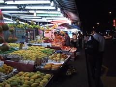geylang-fruit-stall
