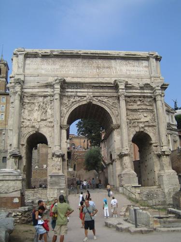 古羅馬市場的拱門