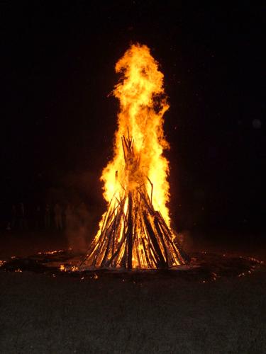 Bonfire06_033